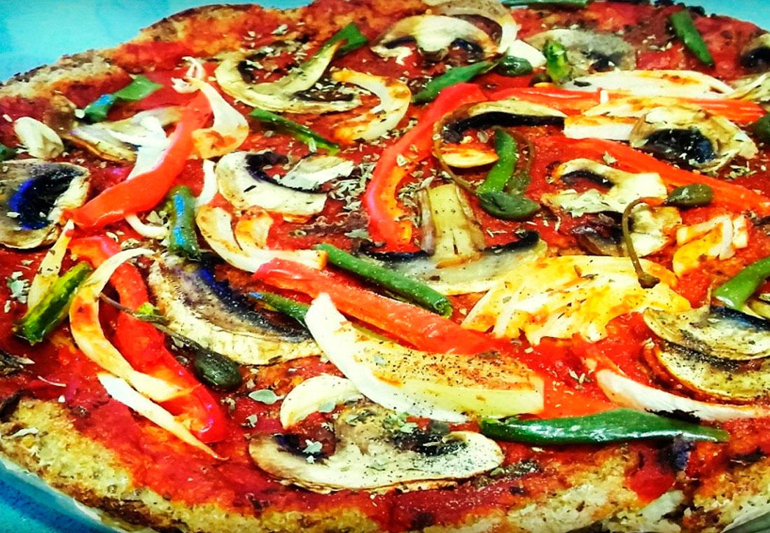Pizza Vegana de Quinoa y Chia con Setas - nutricionista vegano madrid